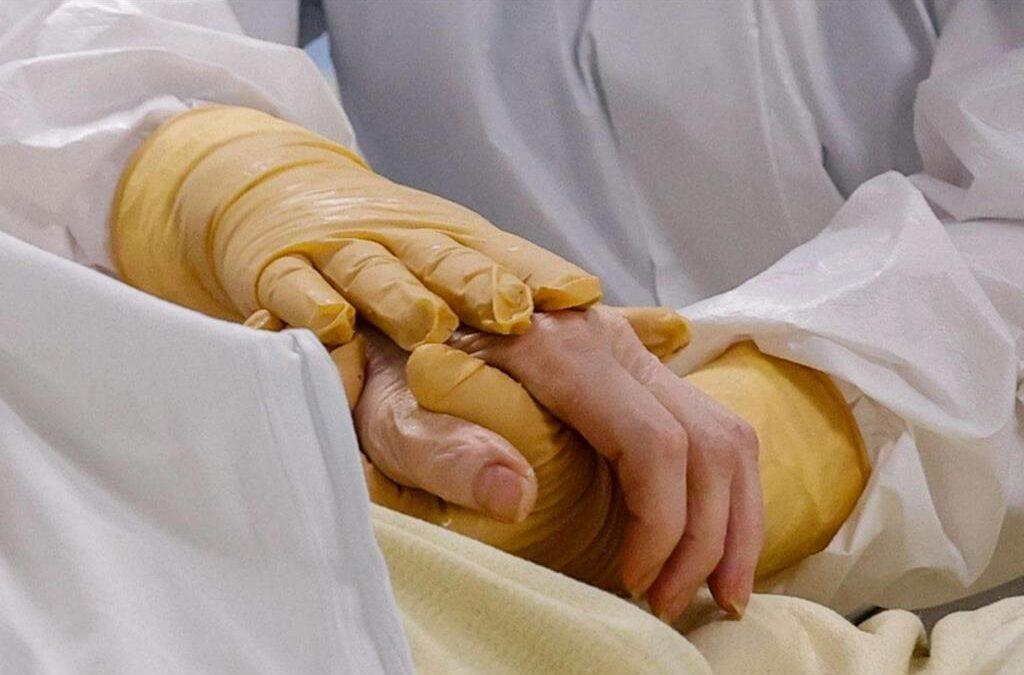 Le ferite della pandemia che la Chiesa vuole curare